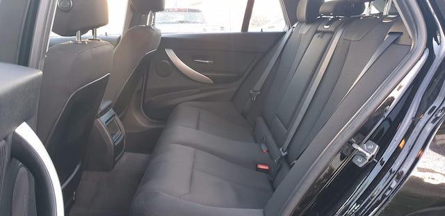 BMW Série 3 320D Touring Sport completo