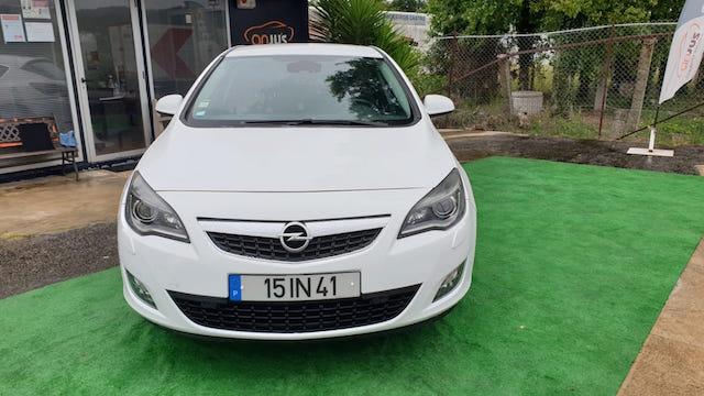 Opel Astra J 1.7 CDTI Cosmo